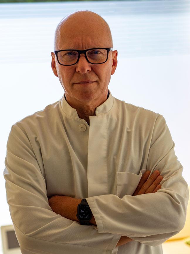 Dr. Joachim L. Gnirs